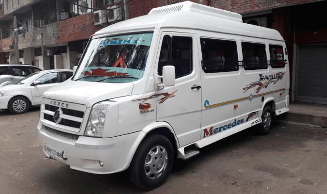 17 Seater Tempo Traveller in Chandigarh mohali Panchkulla
